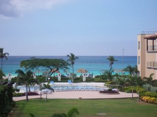 Aruba condo photo - Balcony view of pool