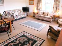 KNOWLES, pet friendly, with a garden in Lyme Regis, Ref 905488