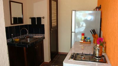 Xcalak villa rental - Casa del Sol - Lower Unit Kitchenette
