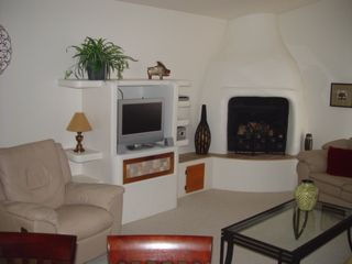 Oro Valley house photo - Living Room with gas fireplace