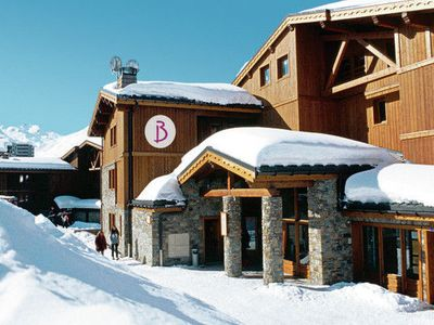 An attractive apartment in the beautiful Les 3 Vallées ski-area.