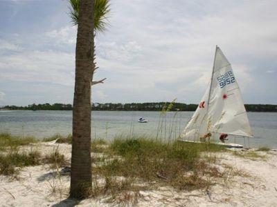 Nearby rentals include sailboats, seadoos, parasailing, and much more