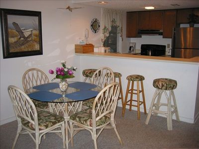 Beautiful condo in Arcadian Dunes!  Come enjoy the wonderful Spring weather!!