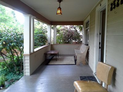 .Big front porch with plenty of seating