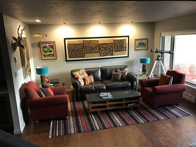 Vail Mountain Views, Fabulous 3 BRM Townhouse for Holiday Skiing