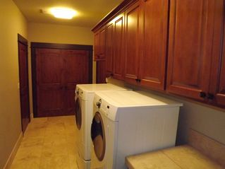 Vancouver house photo - laundry room has washer and dryer