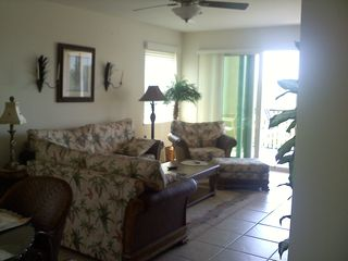 Englewood condo photo - FAMILY ROOM