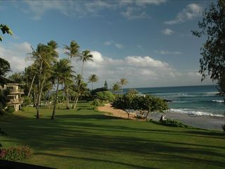 Kapaa condo photo - Beautifully manicured grounds