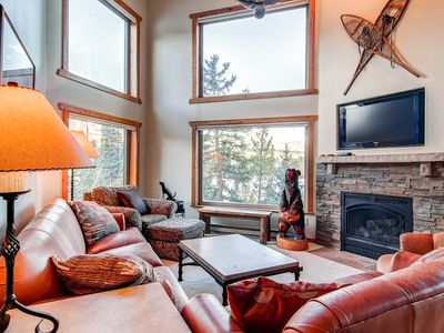 Powderhorn Living Room Breckenridge Ski-in/Ski-Out Condo Rentals