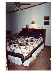 Stony Lake cottage photo - Master Bedroom with Queen bed