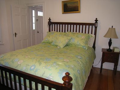 Queen Bedroom - first floor