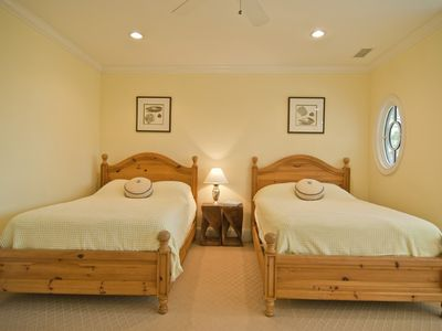 2nd Floor - Two Double Beds