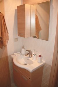 Bathroom with shower and W.C