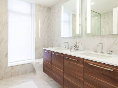 LUXURY 2BR + 2BH APT! SPECIAL RATE $3300/month