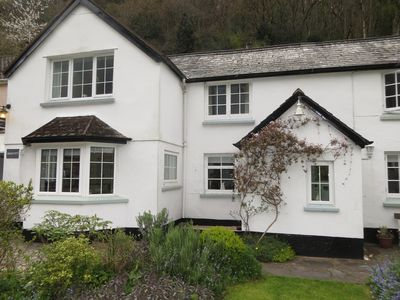 Character Holiday Cottage Porlock, Somerset.