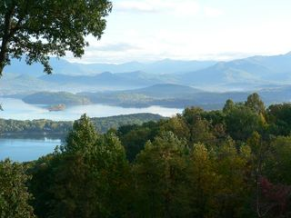 Hiawassee chalet photo - Year round Lake and Mountain Views~~~