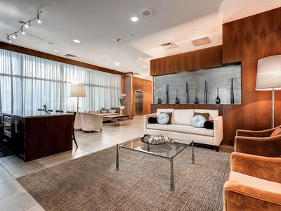 LUX. Residence Atop Ritz Carlton in Downtown Denver (LODO) Near Convention