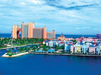 Harborside villas are RIGHT on Atlantis property. No water park admittance fees!