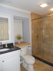 Shipyard villa photo - Great big walk in shower