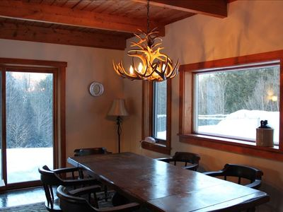 Fayston cabin rental - Spacious dining area, or the perfect setting for family game night!