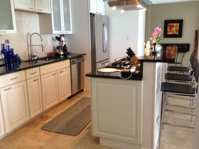 Bermuda condo rental - A gourmet kitchen at your fingertips.