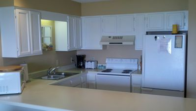 Hollywood Beach condo rental - Complete kitchen setup with new appliances.