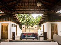 Nature Retreat House in the Jungle by the Sea