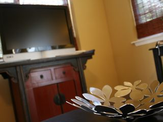 Cable TV and wifi are included. - Austin studio vacation rental photo