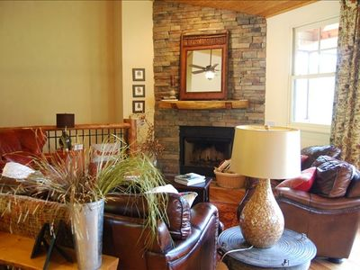 Living Room - Stacked Stone Fireplace and Beautiful Views!