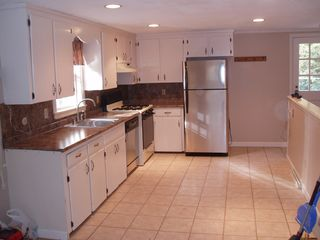 North Conway house photo - Bright, clean kitchen