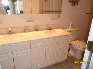 Bethany Beach house photo - Double sinks in master bathroom. Tub shower plus separate standing shower.