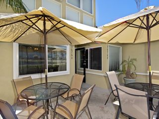 Mission Beach condo photo - Plenty of room for family BBQ