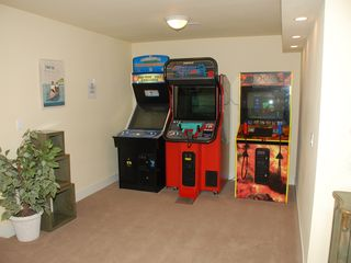 Lincoln City house photo - 3 arcade games