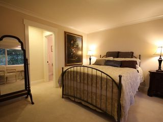 Berkeley apartment photo - Large master bedroom suite with a comfortable queen bed