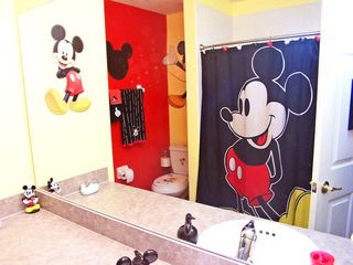 Mickey Mouse Bathroom - Highgate Park villa vacation rental photo