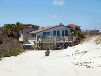 Beautiful 2 bedroom 2 bath home directly on the beach!