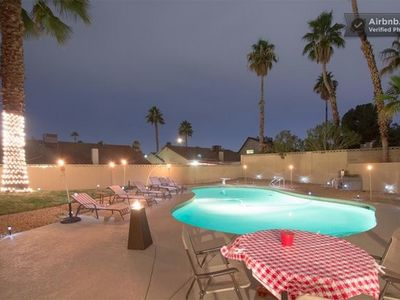 Casa de Rat Pack - Las Vegas - ENTIRE HOME 16+ people - Pool, Poker, Basketball