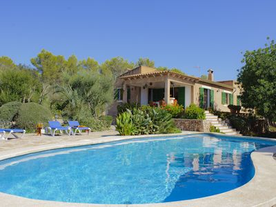 Charming cottage with private pool and beautiful garden