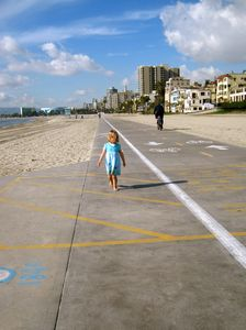 Walk, bike, rollerblade along the beach -- 5-10 minute walk from the condo.