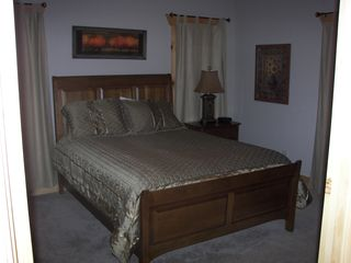 Asheville cabin photo - Basement queen suite with private bath and walk-in closet.