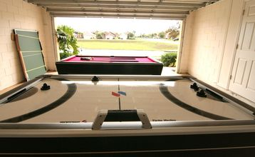 The Game Room - Pool Table and Air Hockey