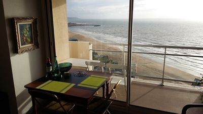 2 rooms (45sqm) .Trouville. Near center and beach. Terrace. Superb sea view. 2Pers