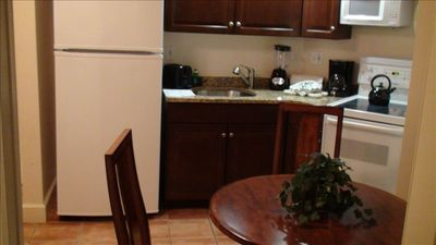 Full kitchen even in a one bedroom condo