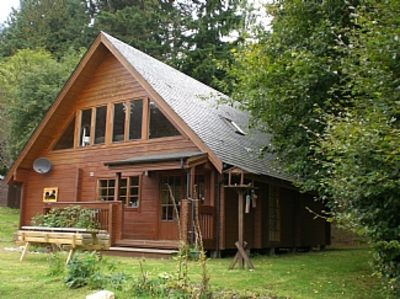 Luxury Scandanavian Log House, Forest Views & Wildlife Right On Your Doorstep