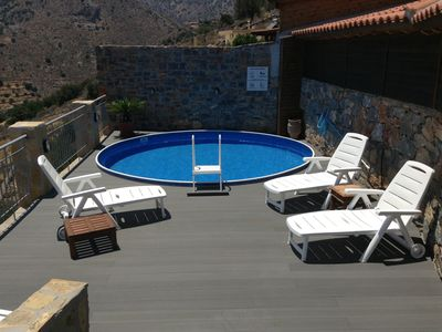 Elounda villa rental - splash pool and sunbathing area