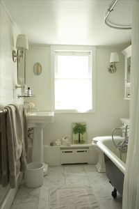 Hillsdale cottage rental - Bathroom