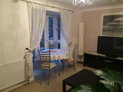 Comfortable One Bedroom Apartment easy access to City and Canary Wharf