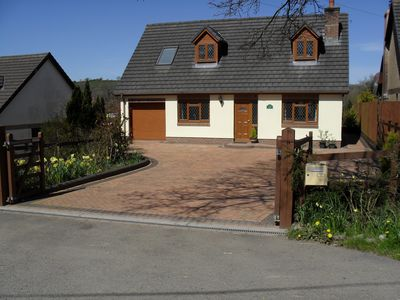 A Modern Holiday Cottage With Country Views, On The Outskirts Of Carmarthen Town