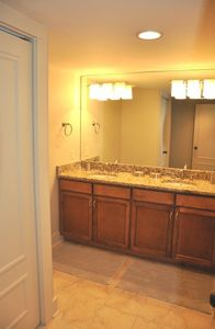 Sea Pines villa rental - RARE! NEW DOUBLE SINK GRANITE VANITY - MASTER BATH - SPACIOUS & GORGEOUS!