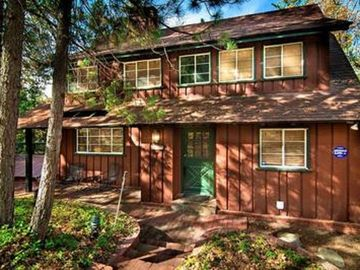 Lake Arrowhead cottage rental - Pristine Classic Cottage - Beautiful Original and Updated Features